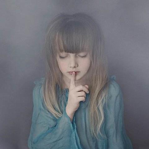 沉默就是不表达,不企图,不要求。